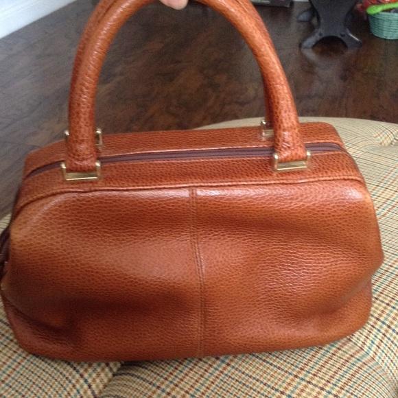 Liz Claiborne Handbags - Vintage Liz Claiborne Leather Hinged Dr. Bag Brown 1d79c036b846a