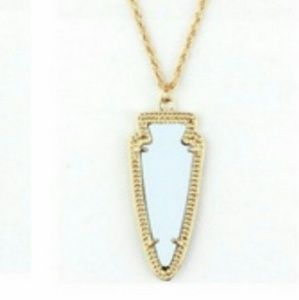 NWT White and Gold Arrow head necklace!