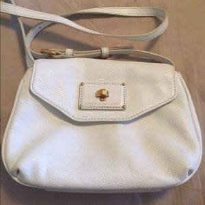 Marc by Marc Jacobs cross body white.