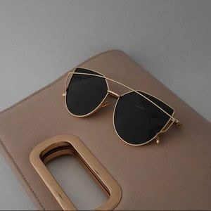 likeNarly Accessories - •BUY2/1FREE• Sunglasses - Gold/Black