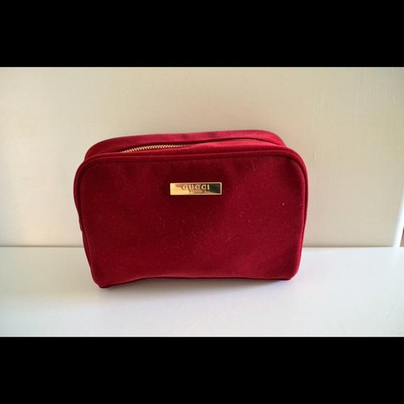7ff6ff786f9742 Gucci Handbags - NWOT Gucci cosmetic parfum bag!