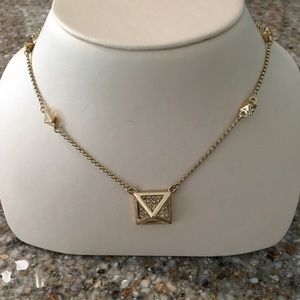  Jewelmint Gold Diamond Necklace