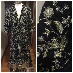 Dresses & Skirts - Embroidery velvet gown with pure silk inner Large