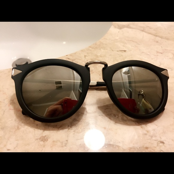3bf14cf53fe8 Accessories - Karen Walker style new silver mirror sunglasses