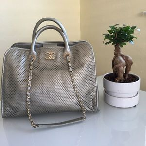 Authentic Chanel Up In The Air Tote/handbag
