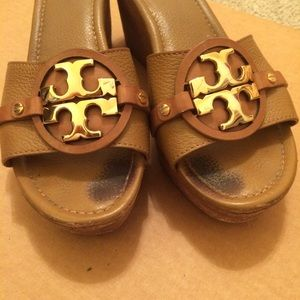 Tory Burch Nude Gold Metal