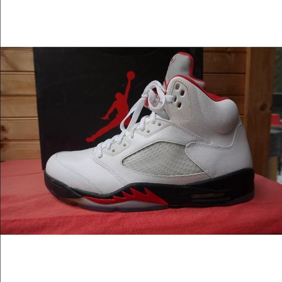 premium selection eec61 803c1 Air Jordan 5 retro