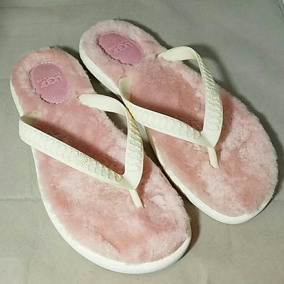 UGG AUSTRALIA Sz 8 Fluffle Pink Fur Flip Flops