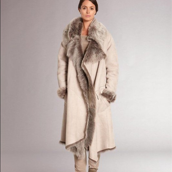 34% off Artico Jackets & Blazers - Fur shearling. 100% genuine ...