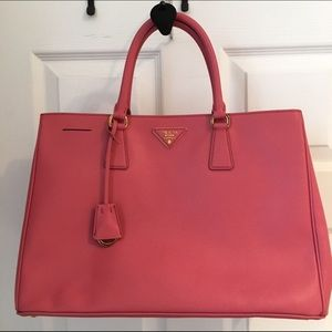 www prada handbag for sale