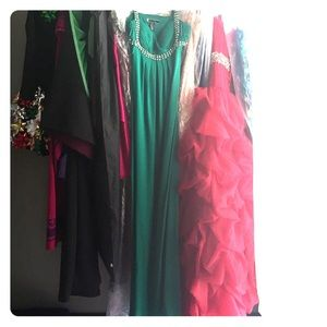 JS Boutique Dresses & Skirts - Green evening gown