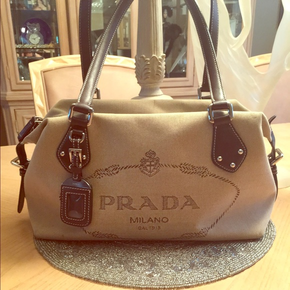 15cf5299faa1 Authentic Prada Logo Jacquard Bag. M_575849bcc6c795810f004e1e