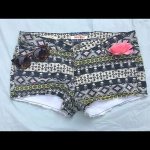 "Charlotte Russe Pants - 🎈SALE🎉BNWOT Hot Kiss ""Cici"" skull shorts"