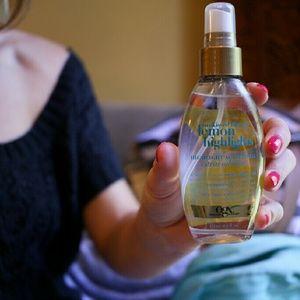 Organix Makeup - Highlight Hair Oil Mist