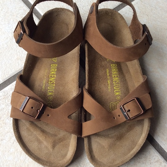 Birkenstock Shoes - Excellent Birkenstock Rio Light brown 37 8c94e8b1e37