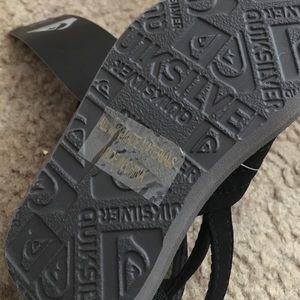 Quiksilver Shoes - NWT unisex Quiksilver infant sandals