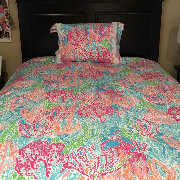 Lilly Pulitzer Lilly Pulitzer Lets Cha Cha Bed Spread