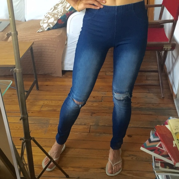 227354a16da3c Calzedonia Pants - Calzedonia (Italy) jeans leggings