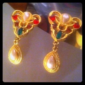 GORGEOUS CLIP ON EARRINGS COLORFUL STONES