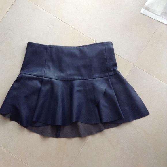 55 zara dresses skirts zara navy leather skirt