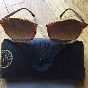eba85d3759a5f8 Ray-Ban Accessories - Ray-Ban RB4242 Brown Round Light Havana Sunglasses