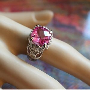 NEW | THE AURORA CO. | Pink Sapphire ring