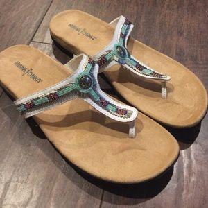 Minnetonka Shoes - 🎉Sale🎉 New Minnetonka Sandals