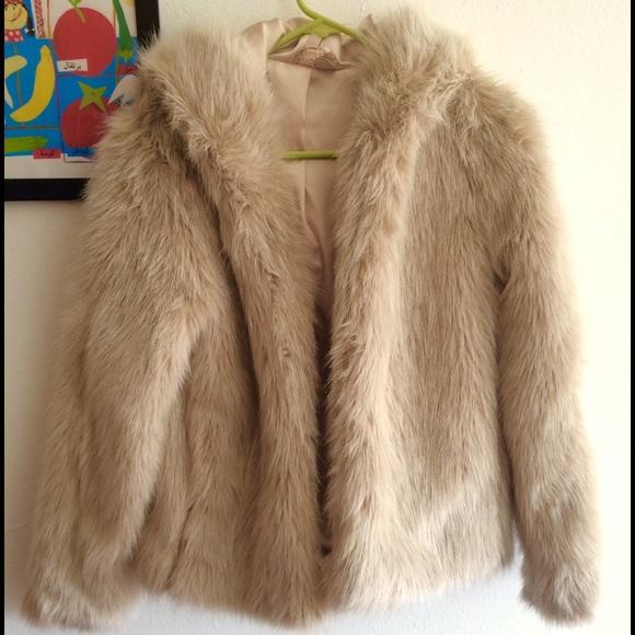 bb3883b53a7 H M Jackets   Blazers - H M Hooded Faux Fur Coat