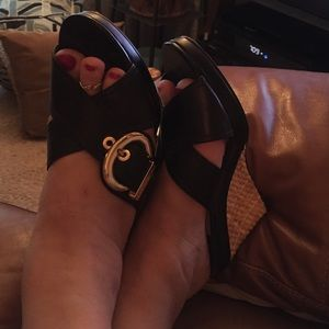 Daisy Fuentes Shoes - Daisy Fuentes Black Wedgies