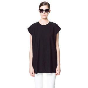 Rare Zara black crew neck thick t-shirt