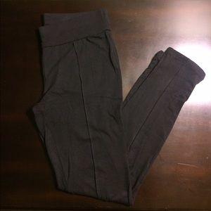 Zenana Outfitters Pants - NWOT. Zenana Outfitters Leggings