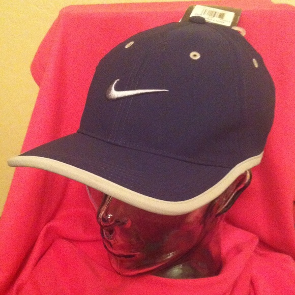 f45880a1c0c Nike Golf Adult Cap