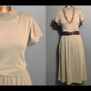 Vintage 1980's Does the 50's Olive Swing Dress