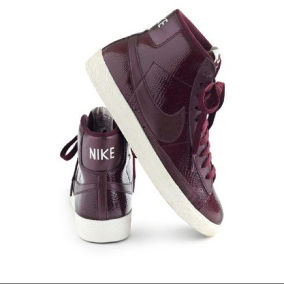 Zapatos Nike Mujeres Blazer Mid Vintage J Zapatillas J Vintage Crew Poshmark fce9ee