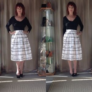 Dresses & Skirts - NEW MUSICAL NOTE SKIRT