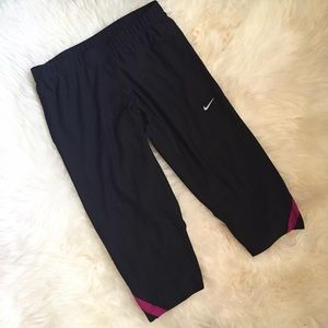 Nike Black Dri-Fit Capri Running Pants
