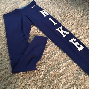 nike air max Griffey 1 rouge - Nike - Nike Club Logo Leggings Blue SIZE SM BACK IN STOCK from ...