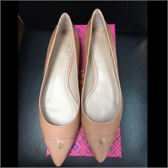 66f72b25811 🆕Tory Burch Fairford Leather Pointy Toe Flats. M 5759c6f35a49d05495001ebb