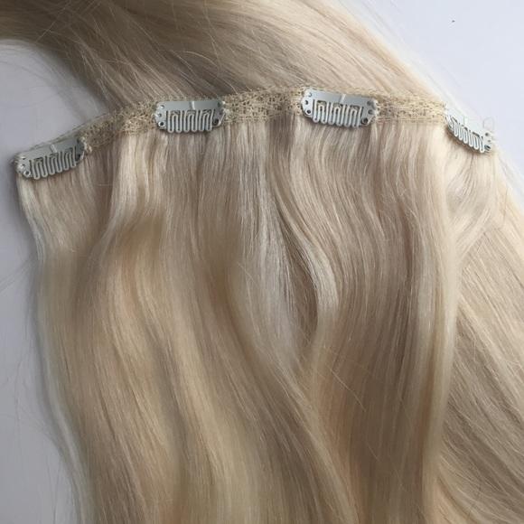 24 off bellami other bellami 20 ash blonde clip in hair bellami other bellami 20 ash blonde clip in hair extensions pmusecretfo Images