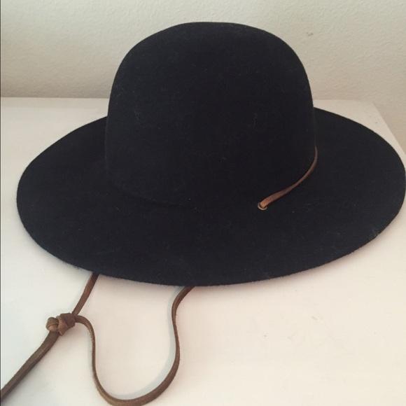 ae87f55ef407d Brixton Accessories - Brixton black women s hat - new