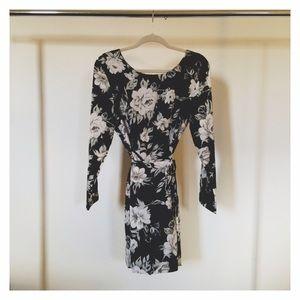 ❗️SALE❗️Black & White Floral Wrap Dress