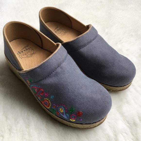 c9326ed26a0 Dansko Shoes - Dansko Vegan Blue Canvas and Flowers Clogs 38