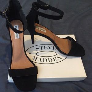 Steve Madden Bayyside Heels