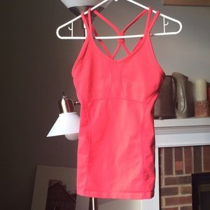 Athleta bright coral active yoga top with straps