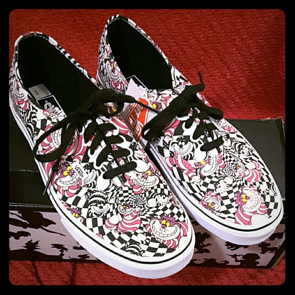 75229a8ea0  SALE  Vans Disney Cheshire Cat Skate Sneaker