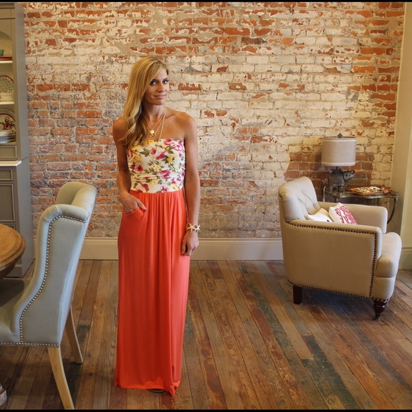 4ef9617673 Strapless coral floral tube top maxi dress
