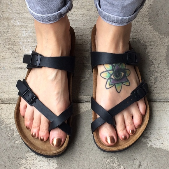 5fd0ad68f Birkenstock Shoes - Birkenstock  Mayari  toe loop sandals