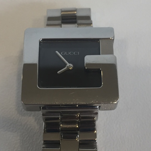 1eca355433d Gucci Accessories - Gucci women s 3600 L G-watch