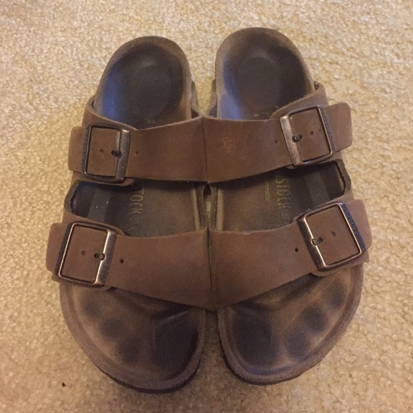 4695d32efa2d8 Birkenstock Shoes - Brown suede leather Birkenstocks size 37 narrow