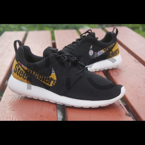 5ce7d7e8905b Nike Roshe Pittsburgh Steelers Nike Roshe Pittsburgh Steelers Game ...